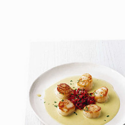 Sea Scallops with Corn Coulis and Tomatoes