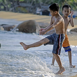 Main bola by AbngFaisal Ami - Babies & Children Children Candids (  )
