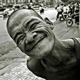 Cholon, Saigon, Vietnam by Helmut Schadt - People Portraits of Men ( cholon, saigon, ho chi minh city portrait,  )