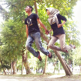 let's fly by Akhmad Khairul - People Couples
