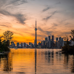 Toronto Sets by Mauricio Alas - City,  Street & Park  Skylines ( #toronto #skyline #mauricioalas #lake #islands )