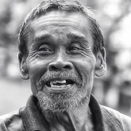 babeh by Tt Sherman - People Portraits of Men ( portraiture, black and white, bokeh, portrait, man )