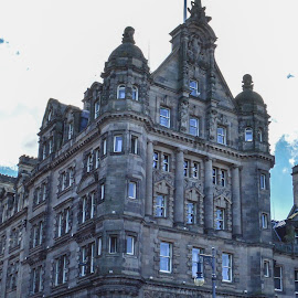 The Scotsman Building, Edinburgh by Lyndsay Hepburn - Buildings & Architecture Public & Historical ( oldnewspaperbuildings, edinburghnewspaperbuilding, thescotsmanbuildingedinburgh, edinburgholdtownarchitecture, edinburghbuildings )