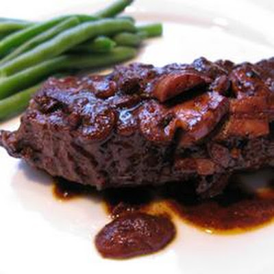 Easy Flat Iron Steak in Wine Sauce