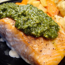 Pan Seared Salmon With Lemon Basil Pesto