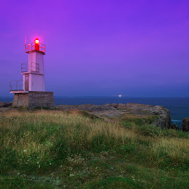 Phare de Kerroch by Bruno Gueroult - Buildings & Architecture Other Exteriors ( kerroch, pentax kx, bretagne, phare, france, morbihan )