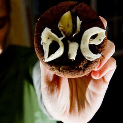 Garlic Cupcakes to Keep You Safe From Vampires This Halloween