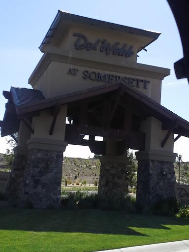 Delwebb Summersett Arch