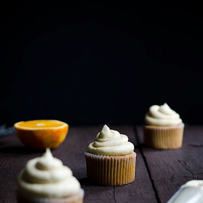Pumpkin Spiced Cupcakes with Orange Curd