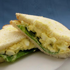 Simple Homemade Egg Salad Sandwich