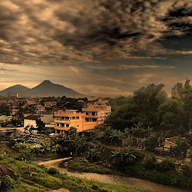Selamat pagi sahabat by Lucas Setyaputra - Landscapes Weather