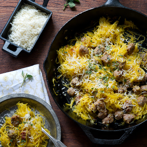 Spaghetti Squash with Sausage, Kale, and Sun-dried Tomatoes Rezept ...