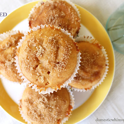 Apricot Jam-Filled Muffins //