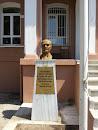 Atatürk Heykeli