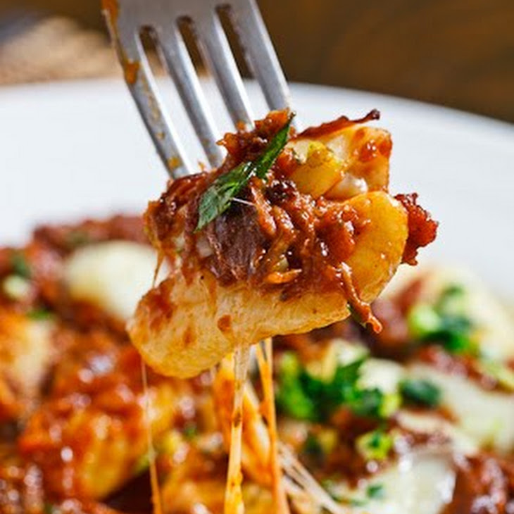 Gnocchi Poutine with Short Rib Ragu and Gremolatta Recept | Yummly