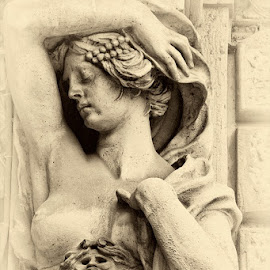 Ethereal sculpture. by Gale Perry - Buildings & Architecture Statues & Monuments (  )