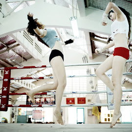 Kick Boxing by Cao Phong - Sports & Fitness Boxing ( kick boxing, kick, boxing girls, action, boxing, boxing beauty )
