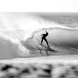 SUPERTUBOS - PENICHE by Miguel Caparica - Sports & Fitness Surfing