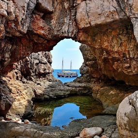 by Nikša Šapro - Nature Up Close Rock & Stone (  )