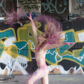 Color Wave by Tomas Fensterseifer - Nudes & Boudoir Artistic Nude ( nude, graffiti, outdoor, dancer,  )