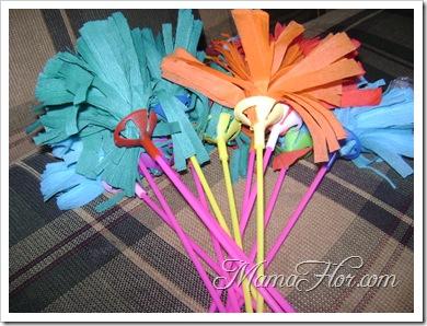 Pompones hecho en paliglobos