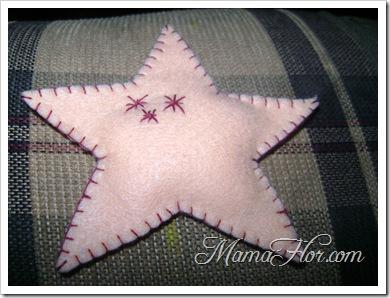 Estrella de navidad hecha a base de paño lency