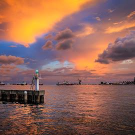 Signal Lights, Labuan. by Daimasara Abdullah - Landscapes Waterscapes