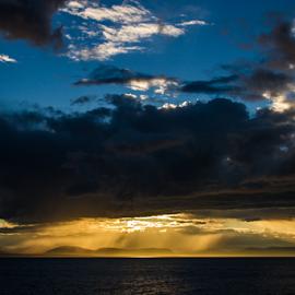 Pied de vent by Thierry Madère - Landscapes Cloud Formations (  )