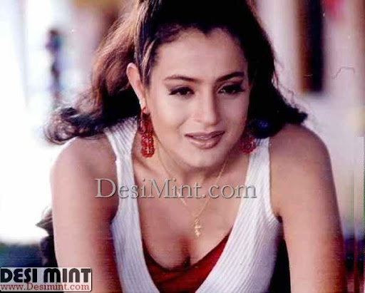 Amisha_patel_hot_stills