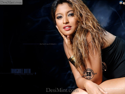 Tanushree_dutta_hot_wallpapers_gallery