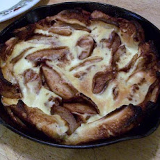 Johnny Jalapeno's Cast-Iron Apple Pancake