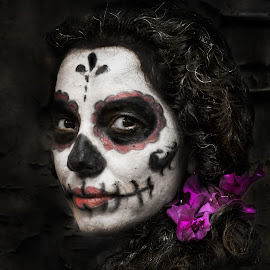 Abril by Pepe Maldonado - People Body Art/Tattoos ( model, make up, folk, 2014, woman, day of the death, mexico, mexican, body painting, body art, women )