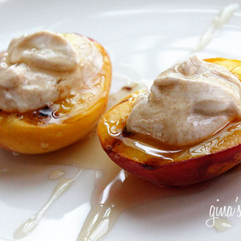 Grilled Peaches With Honey and Yogurt