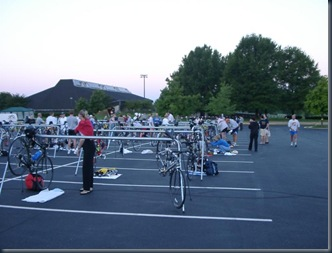 20040807_triathlon_05_bikeparking