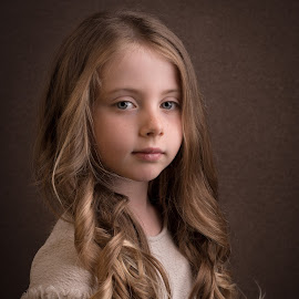 by Milou Krietemeijer-Dirks - Babies & Children Child Portraits
