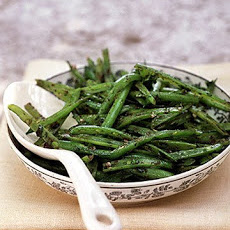 Green Beans with Tapenade Dressing