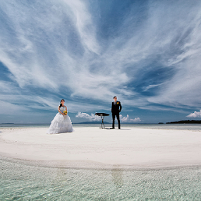 Couple by Jimmy Papia - Wedding Bride & Groom ( prewed, prewedding, pre wedding, islands, couple )