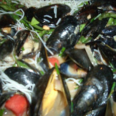 Spicy Black Bean Mussels