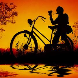 areb nyelip pak jambul by Indra Prihantoro - Digital Art People ( sunset, sunrise, bicycle )