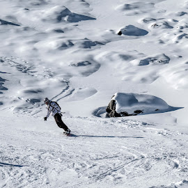 skiing by Vibeke Friis - Sports & Fitness Snow Sports ( ski, snow )