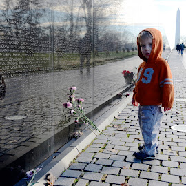 Vietnam Wall by Tyrell Heaton - News & Events US Events