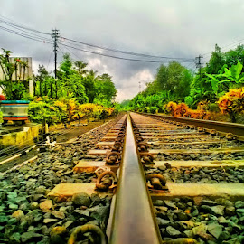single railway by Dwi Haris Fitriansyah - Instagram & Mobile Other