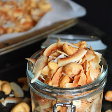 Vanilla Toasted Coconut and Cashew Mix