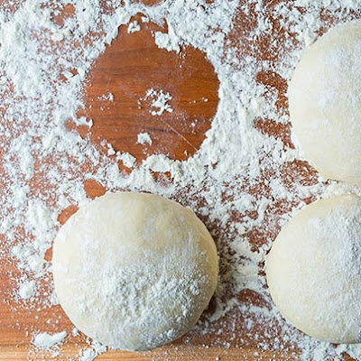 No-Knead Pizza Dough