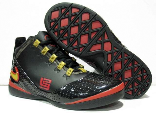 soldier 13 shoes lebron james zoom