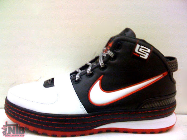 HOUSE OF HOOPS x NIKELEBRONNET Nike LeBron VI Preview