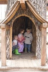 alli ruby eldon in treehouse 1