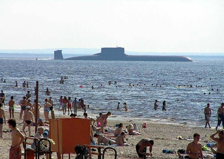 submarine_beach