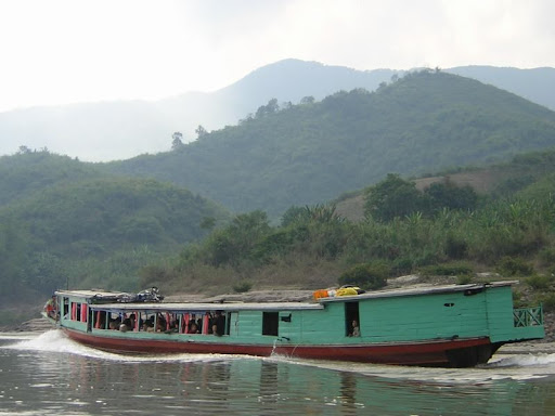 Taking The Slow Boat To Laos | Backpackers Wanderlust