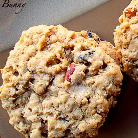 Soft and Chewy Oatmeal Cookies With Raisins and Pecans